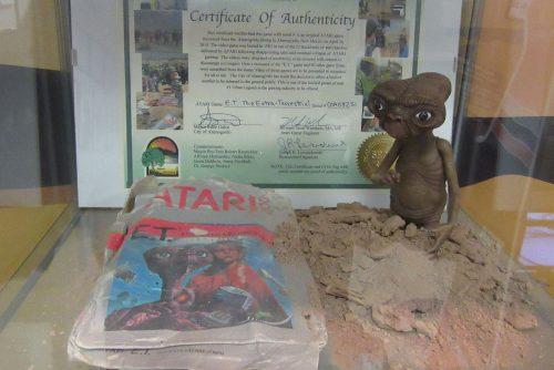 اسطورة دفن اللعبه اصبح حقيقه، عام 2013، تم اكتشاف مئات اللاف من النسخ مدفونه في ولاية نيو مكسيكو